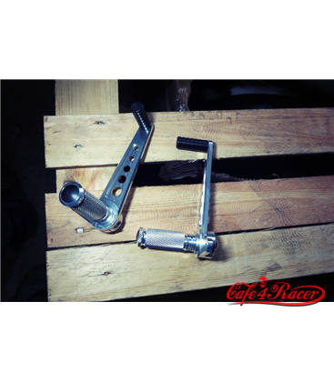 Universal rear sets for cafe racer